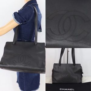 🌺CAVIAR BEAUTIFUL🌺 Shoulder bag